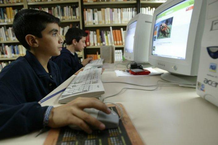 Prefieren Internet: 2 de cada 10 chicos ya no miran televisión