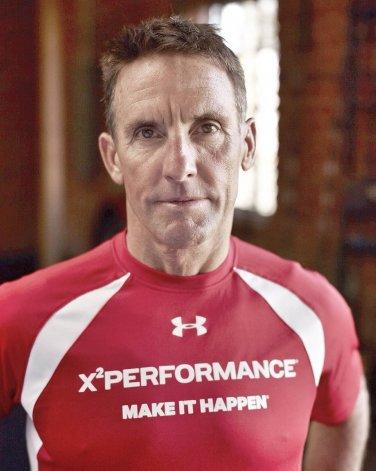 El multicampeón triatleta estadounidense Dave Scott disertará ante un grupo de 60 participantes.