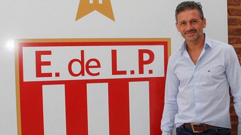 Nelson Vivas debuta como técnico de Estudiantes.
