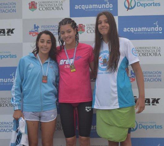 María José Hildebrandt logró la medalla de plata en las pruebas de 100 y 200 metros estilo Espalda.