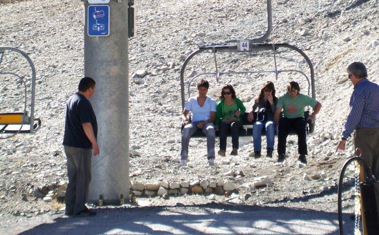 El paseo en telesilla cuesta 100 pesos y el resto de los senderos en el cerro se accede en forma gratuita