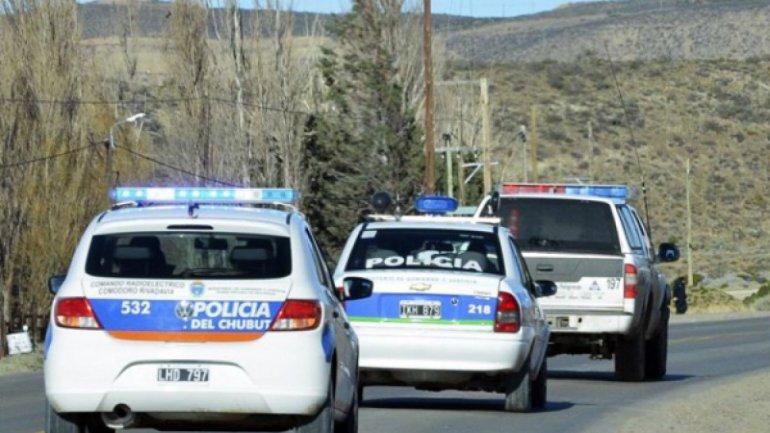 Investigarán a policías por vejaciones