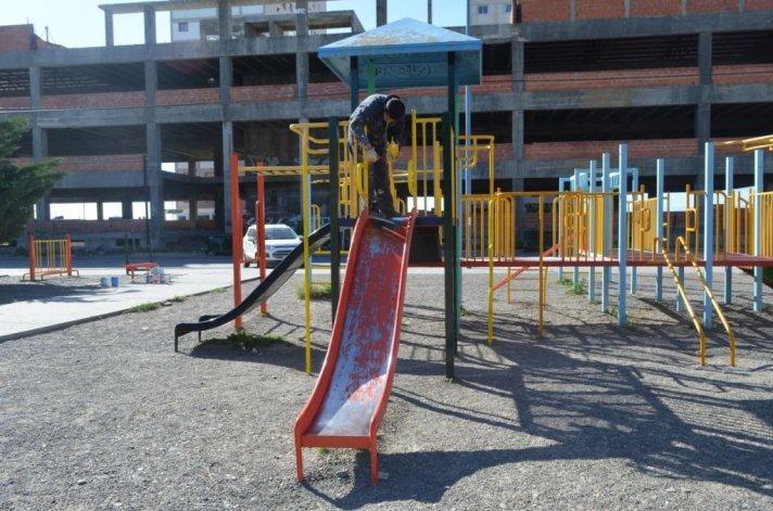 Realizaron tareas de mantenimiento en espacios de la ciudad