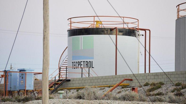 Tecpetrol anunció la baja de tres equipos en Chubut y no descartan medidas de fuerza
