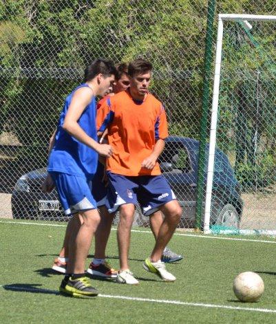 Vladimir Covalschi convenció al cuerpo técnico de la CAI para formar parte del plantel que jugará el torneo Federal B.