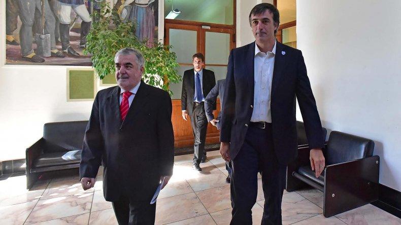 El gobernador Mario Das Neves y el ministro de Educación de Nación