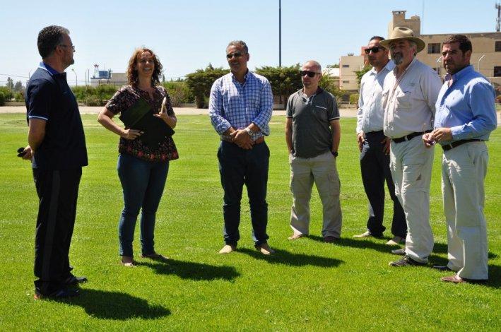 Inspeccionaron el Estadio Municipal por la visita de Los Pumas