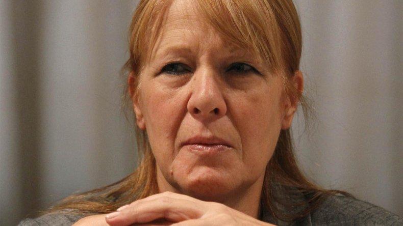 Margarita Stolbizer cuestionó que aprobar por decreto el derribo de aviones es un enorme error institucional que puede tener consecuencias irreversibles.