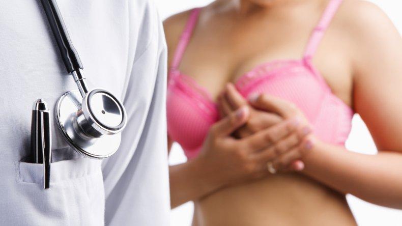 Las mamografías con regularidad benefician a las mujeres mayores