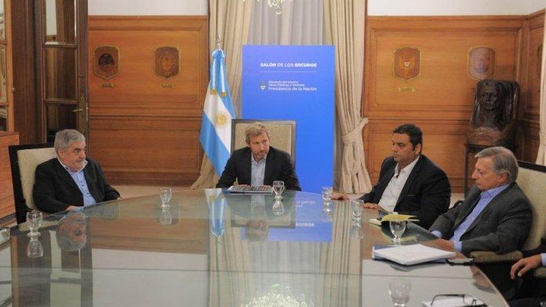 Negociaciones por la crisis petrolera: la reunión con operadoras será el lunes
