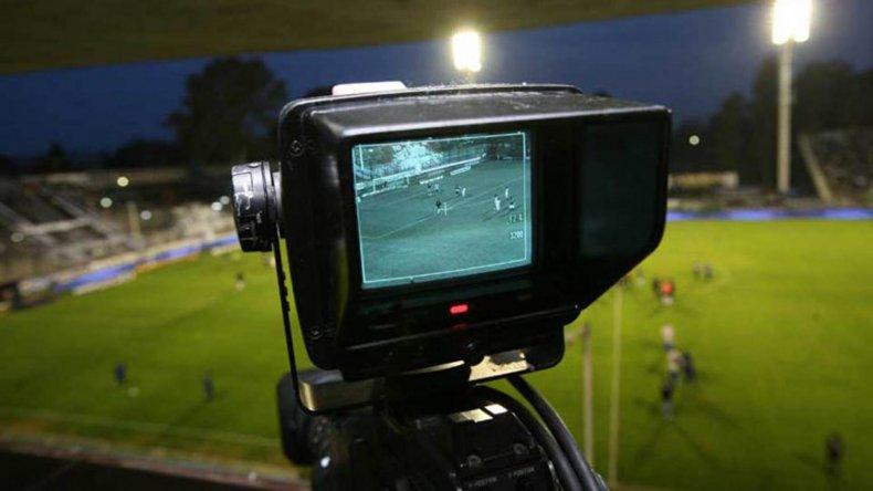 Los partidos de los clubes más populares del fútbol argentino sólo se pondrán ver por dos señales televisivas.