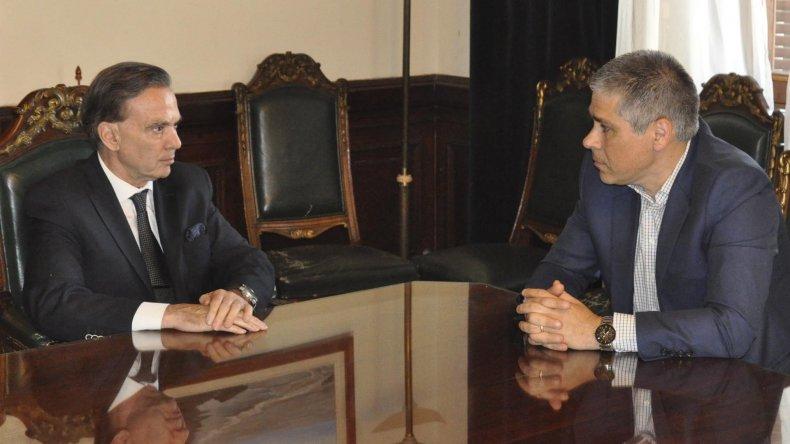 El senador nacional Miguel Pichetto recibió en su despacho al vicegobernador de Santa Cruz