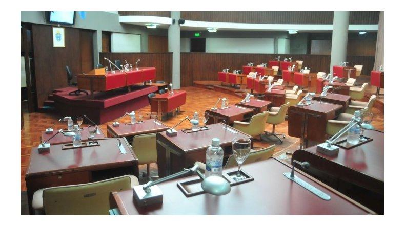 La Legislatura chubutense aprobó la Ley de Emergencia Económica