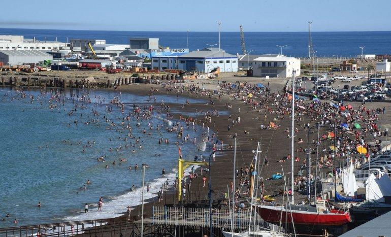 ¿Siguen los días de playa el fin de semana en Comodoro y Rada Tilly?