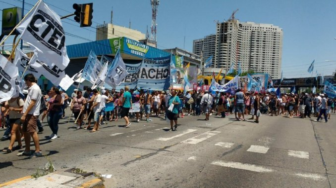 Cortes y marchas en reclamo de la liberación de Milagro Sala