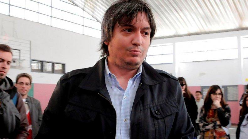 Máximo Kirchner cuestionó los planes económicos de Mauricio Macri y tildó de centralista a su gobierno.