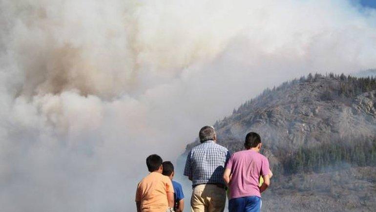 Incendio en Coyhaique ya consumió 115 hectáreas