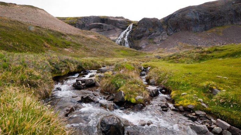 El paseo comienza con un recorrido 4x4 que pasa por hermosos paisajes cordilleranos.