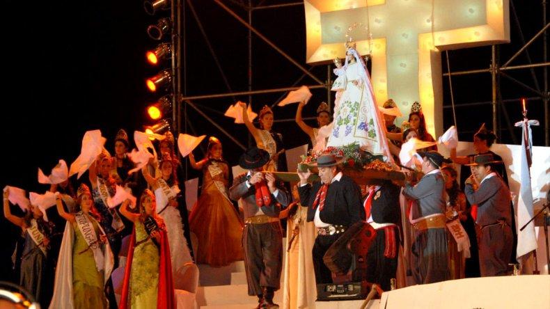 La peregrinación de la Virgen de la Carrodilla es un evento litúrgico en su forma y religioso en su esencia