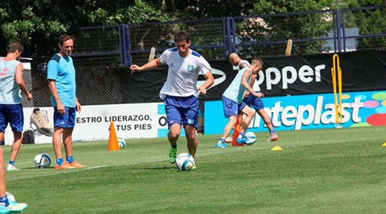 Racing le ganó 1-0 ayer al Deportivo Riestra en un partido que duró 30 minutos.