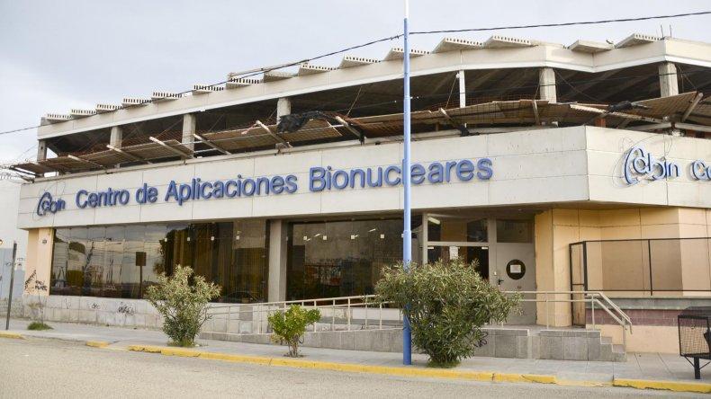 El Centro de Aplicaciones Bionucleares necesita renovar sus equipos de radioterapia.