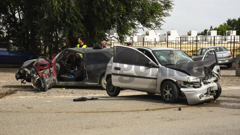 Accidente en Km 5. Foto: Mauricio Macretti / El Patagónico.