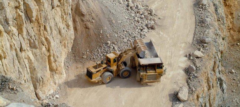 Mineras prometen inversiones a la espera del proyecto Navidad