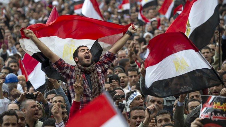 La Primavera Arabe terminó en Egipto con la dictadura de Mubarak.