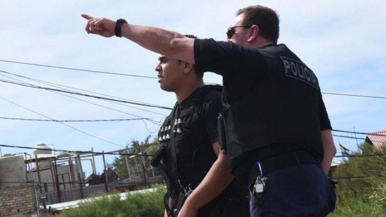 Un policía en coma farmacológico