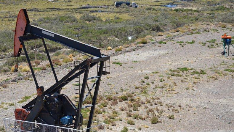El precio del barril criollo fue eje de la discusión entre sindicatos y petroleras