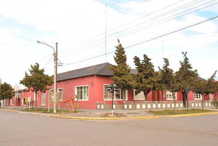 Echaron a 33  trabajadores del municipio de Las Heras