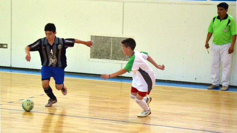 Ya está toda la programación que se celebrará este fin de semana por una nueva fecha del Torneo de Verano de futsal de la Asociación Promocional.