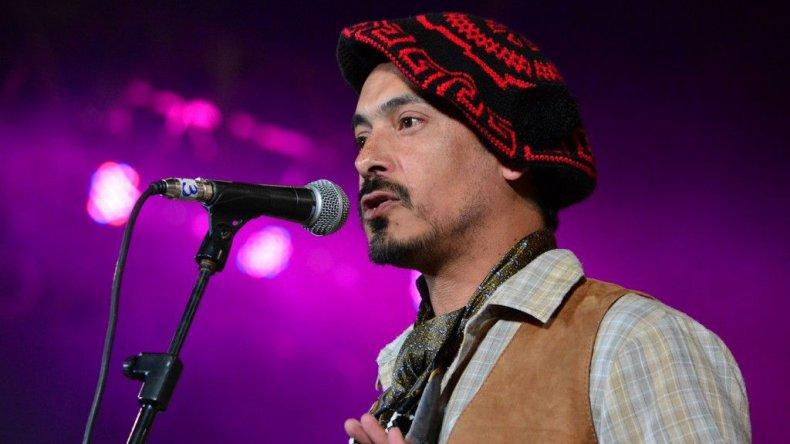 David Firme se presentó durante la noche del miércoles en el escenario mayor de Cosquín.