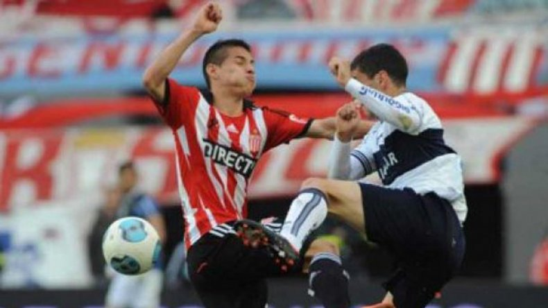 Estudiantes y Gimnasia clausurarán esta noche el fútbol de verano 2016.