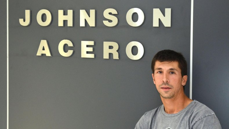 Javier Fernández se mostró ilusionado por el nuevo local de Los Andes Design. Comodoro nos va a recompensar