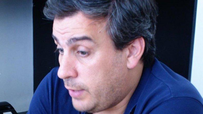 Prades volvió a formular serias críticas al Gobierno provincial como así también quien lo antecedió en el cargo e incluso a la empresa Distrigas.