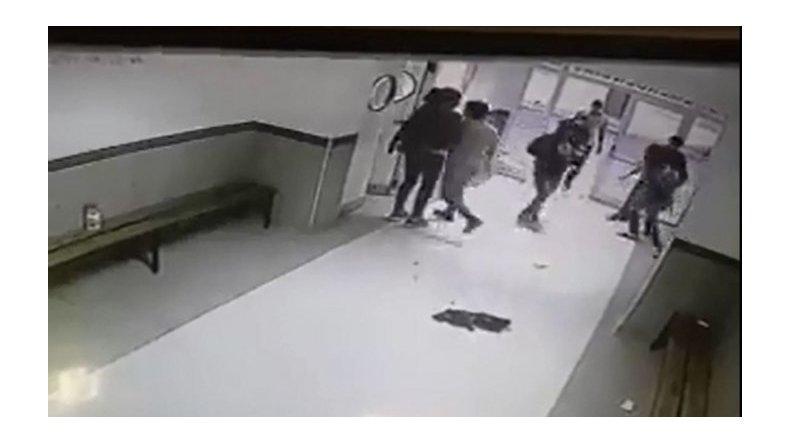 Tras los incidentes del sábado un juez pidió  mayor seguridad en el Hospital de Trelew