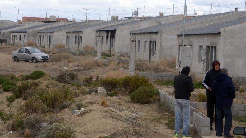 El anuncio de controlar el pago de cuotas de viviendas de planes oficiales por parte del IDUV