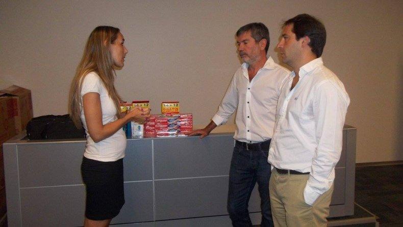 OSDE entregó kits de salud para los niños de las colonias