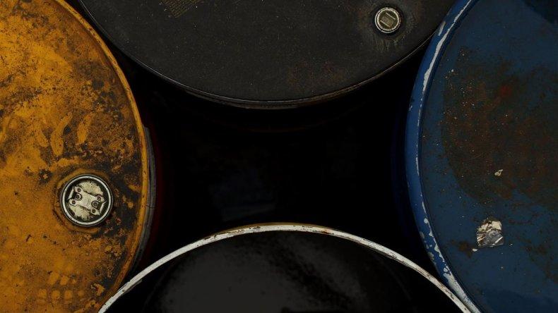 El petróleo cerró a 39,91 dólares