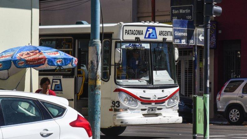 Estudiantes y docentes volverán a tener este año transporte gratuito en el sistema urbano de las ciudades de Chubut.