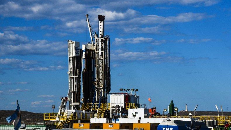 A partir del acuerdo volverán a la actividad dieciséis equipos de torre en la Cuenca del Golfo San Jorge.