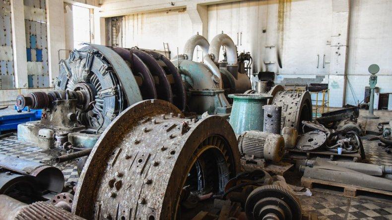 Las turbinas están siendo desguazadas para reciclar su cobre.
