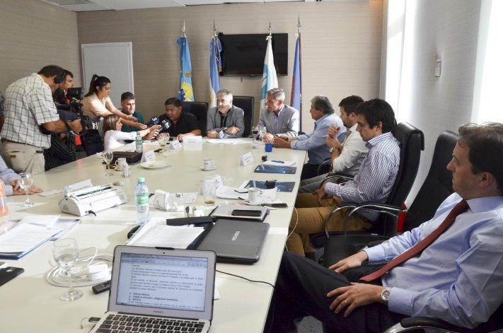 La reunión de directorio celebrada ayer en Petrominera con sus nuevos integrantes.
