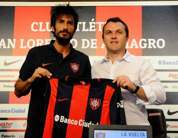 Marcos Angeleri junto a Bernardo Romeo