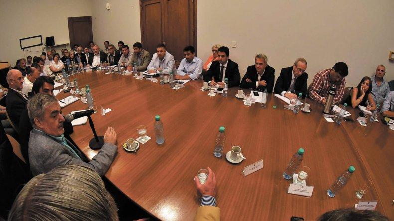 El gobernador encabezó ayer reunión de Gabinete