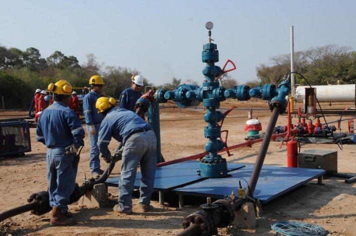 Petroquímica y Petrominera trabajarán en el desarrollo de pozos de gas en Sarmiento.