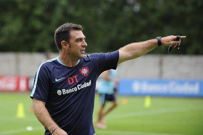 Pablo Guede dirigirá hoy su primer partido oficial al frente de San Lorenzo.