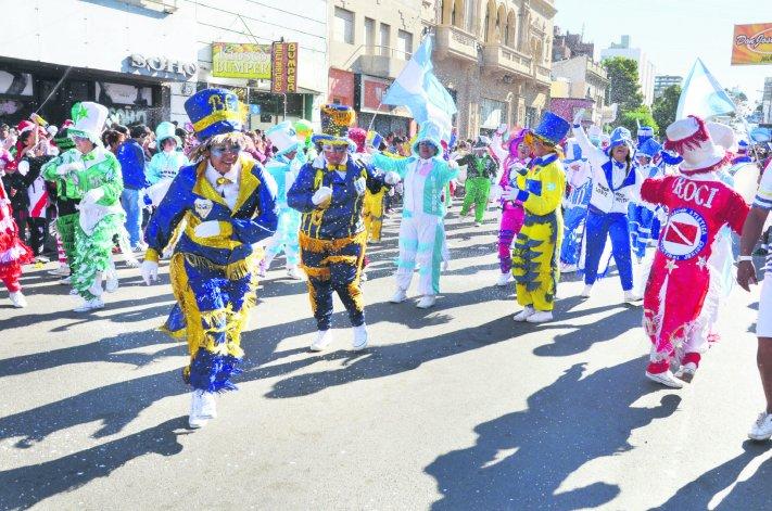 El lunes y martes la fiesta de los carnavales volverá a tomarse la calle San Martín.