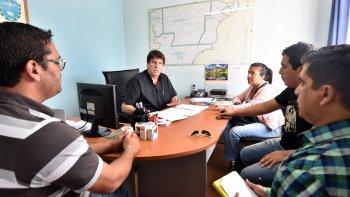 Funcionarios provinciales se reunieron con representantes de los estudiantes, a quienes les garantizaron la continuidad del beneficio.